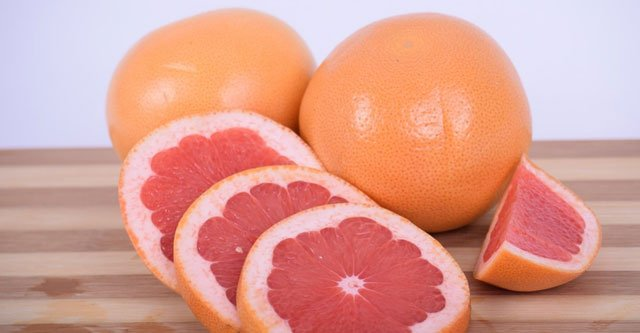 What is the Nutritional Composition of Pomelo